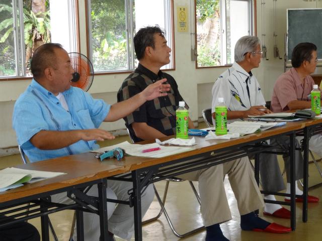 公共交通ネットワーク特別県内委員会視察(H26.9)